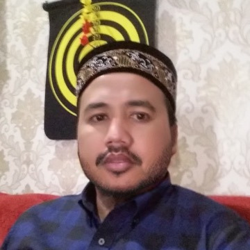 Much, 40, Surabaya, Indonesia