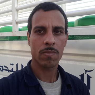 Dawood Khan, 36, Bishah, Saudi Arabia
