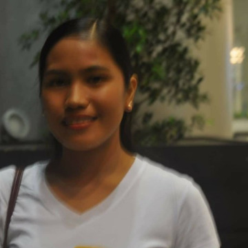 Alma, 25, Davao City, Philippines