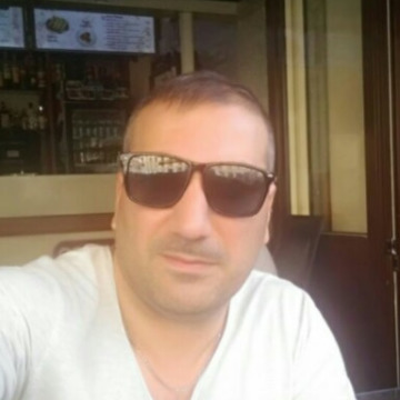 Emin Hasanov, 38, Baku, Azerbaijan
