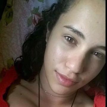 Natalia, 20, Hortolandia, Brazil