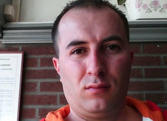Aleksandar Ra, 38, Hasselt, Belgium