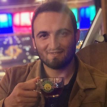 İsmail, 29, Istanbul, Turkey