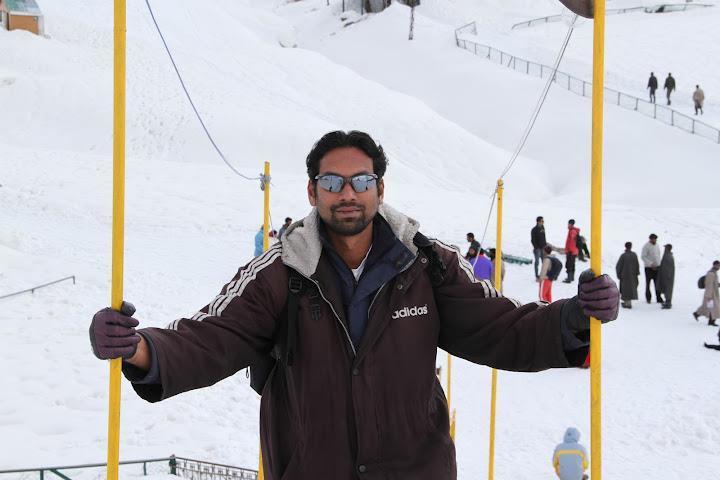 Digi Ayinikkatt , 38, Dubai, United Arab Emirates