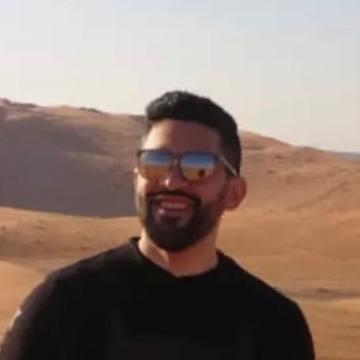 Chadi, 35, Riyadh, Saudi Arabia
