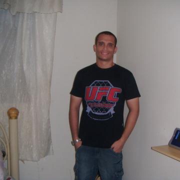 Lucas, 26, Parnamirim, Brazil