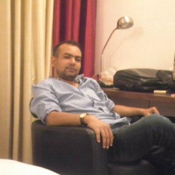 Pexman Joand, 38, New Delhi, India