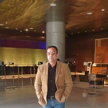 Vishal K Parashar, 43, Mumbai, India