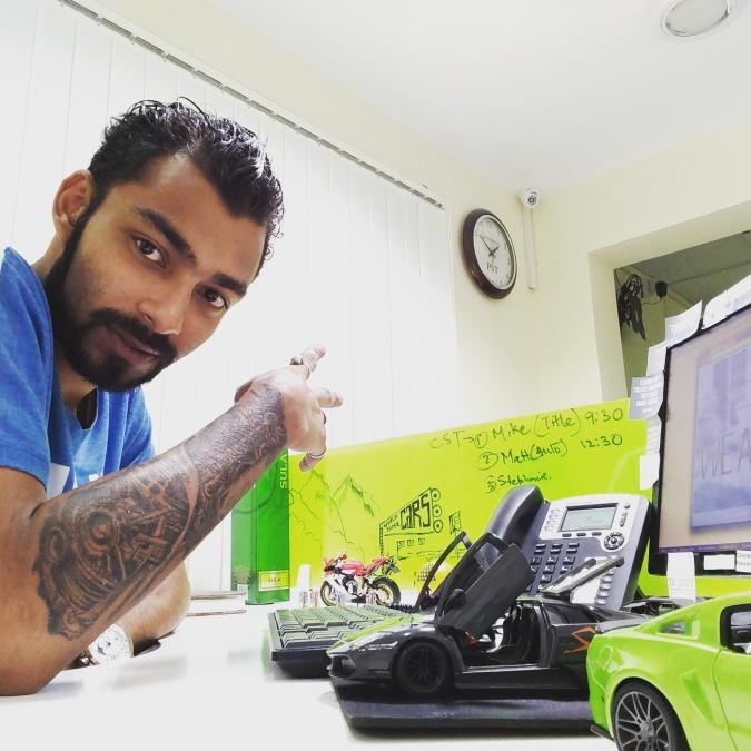 vivek malu, 30, Calcutta, India