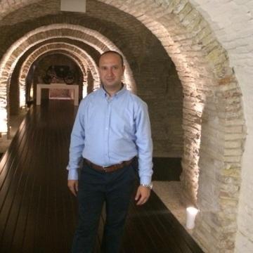Luis, 36, Tirana, Albania