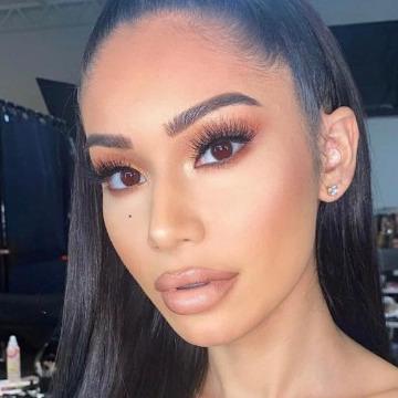 Yvonne, 21, Dubai, United Arab Emirates