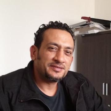 Ashraf, 42, Tripoli, Libya