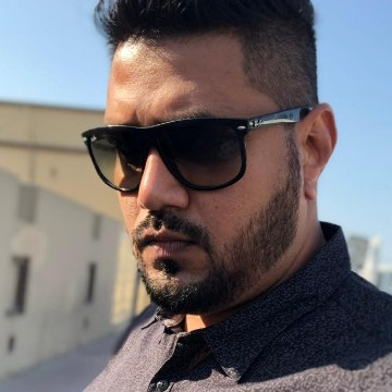 Sarfaraz Nakade, 36, Dubai, United Arab Emirates