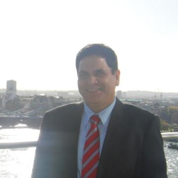 Colvin, 48, Dubai, United Arab Emirates