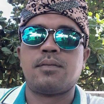 Rahmad pohan, 40, Medan, Indonesia