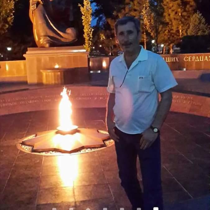 Metin Akan, 54, Bursa, Turkey