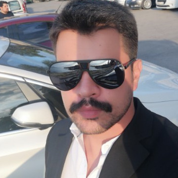 Eferdem Kilic, 33, Istanbul, Turkey