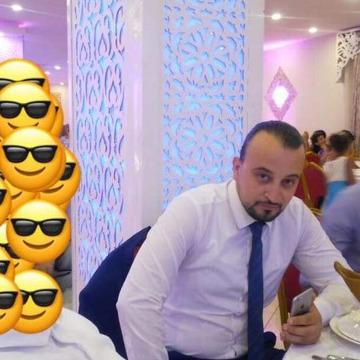 Khaled, 31, Algiers, Algeria