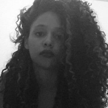 Yara, 25, Botucatu, Brazil