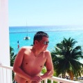 Garen, 34, Los Angeles, United States