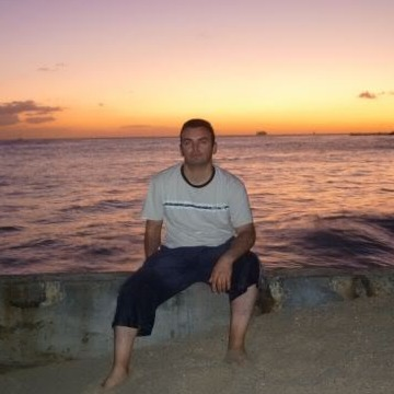 ethan, 47, Sydney, Australia