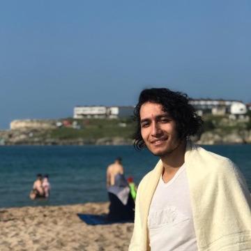 Alican Sezgin Yapıcı, 22, Izmit, Turkey