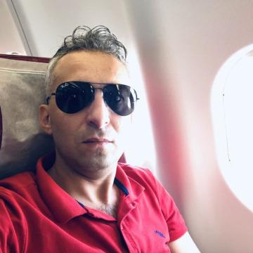 Husam, 39, Gaziantep, Turkey