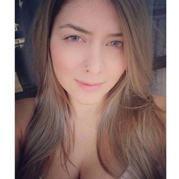 Camila, 27, Sao Paulo, Brazil