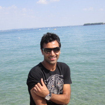 Joseph, 40, Miami, United States