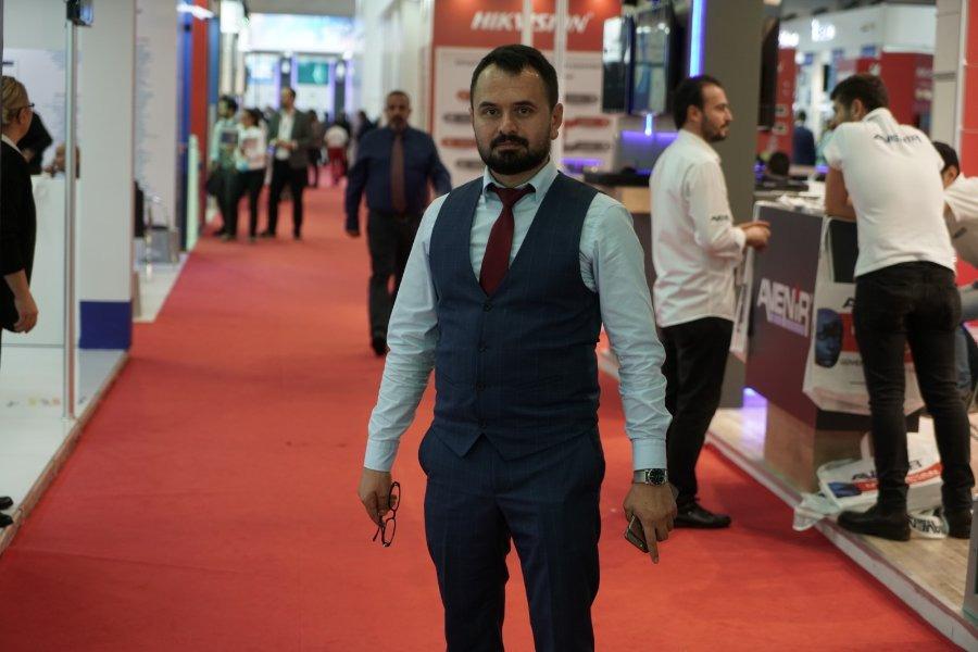 hasan can, 38, Istanbul, Turkey