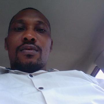 Bola, 39, Lagos, Nigeria
