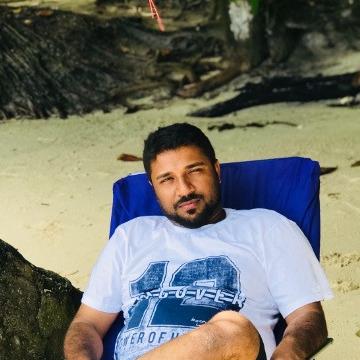 Shah, 32, Dubai, United Arab Emirates