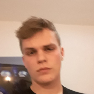 Marc, 18, Melbourne, Australia
