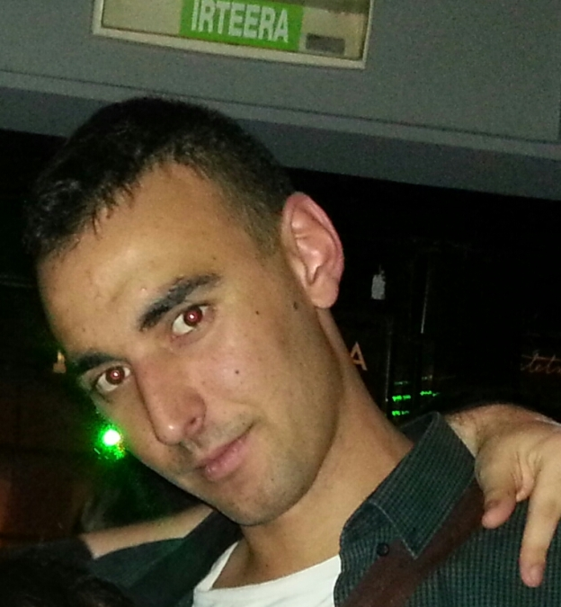 Alvaro Sanz Larren, 31, Zaragoza, Spain