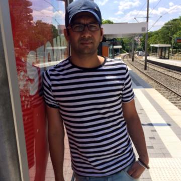 Wasim, 32, Budapest, Hungary