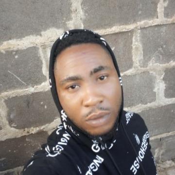 Raymond, 29, Dallas, United States