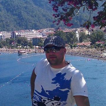 Wansta, 35, Istanbul, Turkey