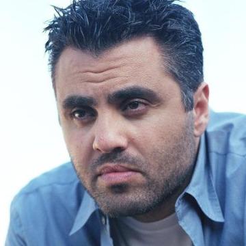 Michel, 40, Glendale, United States
