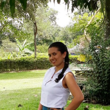 Jazmin Pinto Pinto, 28, Bucaramanga, Colombia