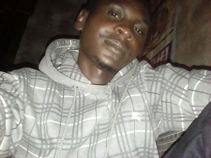 dewunmi, 34, Portland, United States