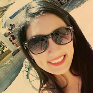 Katherine Correa Palacios, 21, Chimbote, Peru