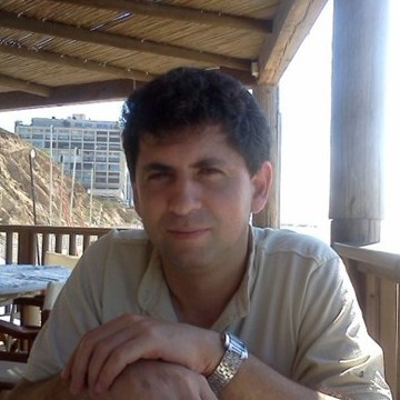 Alek Bolduin, 48, Seattle, United States