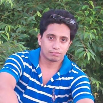 Omm, 31, Khulna, Bangladesh