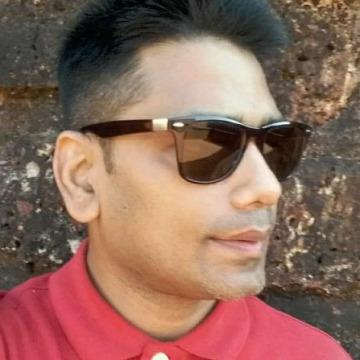 Saten, 40, New Delhi, India