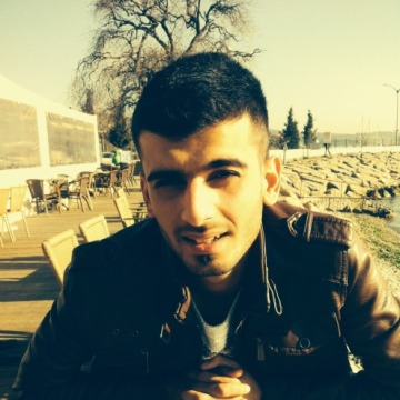 murat, 27, Izmit, Turkey