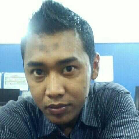 Rizky Mohammadenilladz, 37, Surabaya, Indonesia