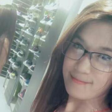 Ella, 26, Manila, Philippines