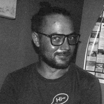 Pavel Kuranda, 40, Denpasar, Indonesia