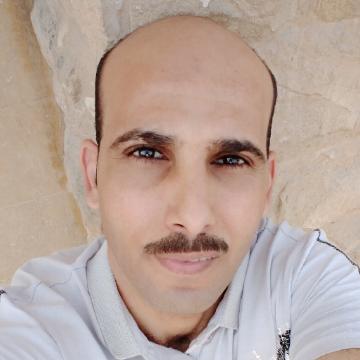 Momen arabi, 37, Cairo, Egypt