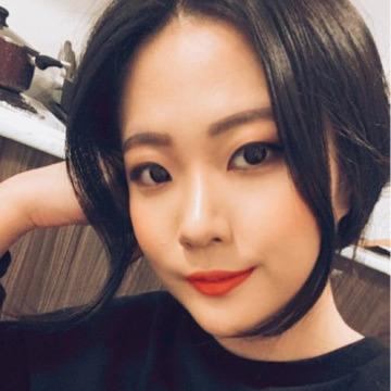 Yeon, 24, Vancouver, Canada